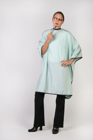 Sea Foam Cutting Cape
